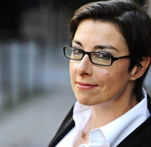 Sue Perkins Lands BBC Radio 4 show: Nature Table