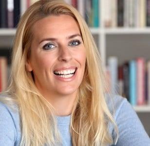 Sara Pascoe to Write New Book on Masculinity