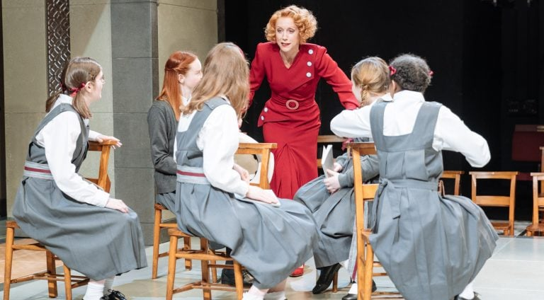 The Prime of Miss Jean Brodie Review
